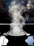 8695340-steam-rising-off-a-boiling-pot